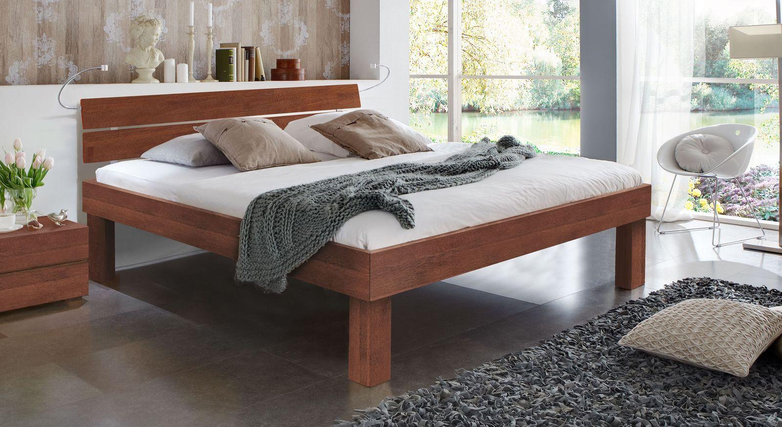 Kirschbaumfarbenes Doppelbett Madrid Komfort in 30 cm Höhe