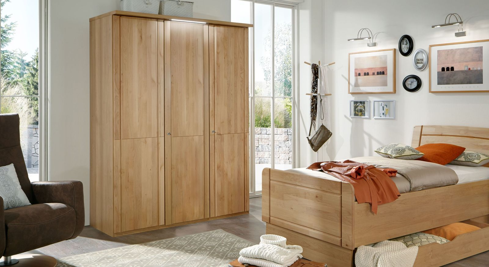 Drehtüren-Kleiderschrank Ageo Holzfront aus teilmassiver Erle
