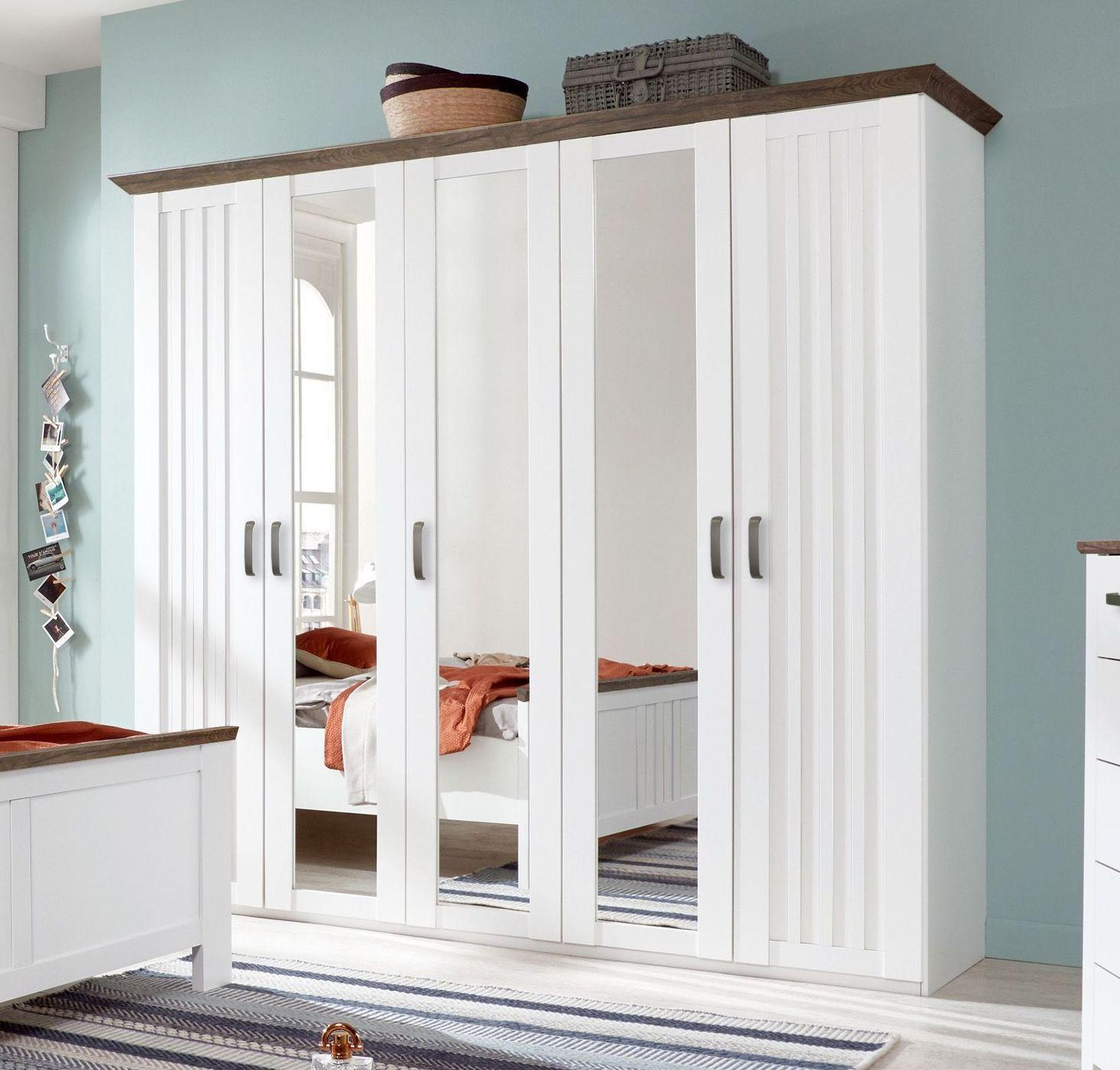 wei er kleiderschrank im landhausstil mit spiegelt ren. Black Bedroom Furniture Sets. Home Design Ideas