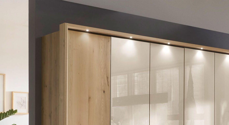 Drehtüren-Kleiderschrank Corato mit eleganter Beleuchtung