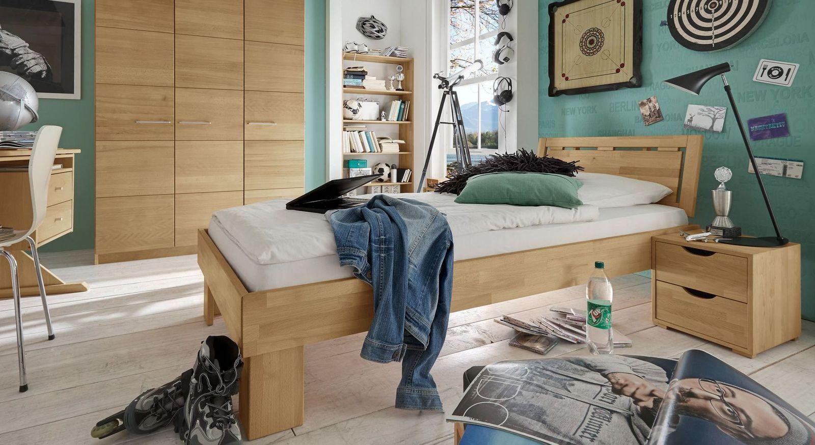 Passende Schlafzimmermöbel zum Drehtüren-Kleiderschrank Julio