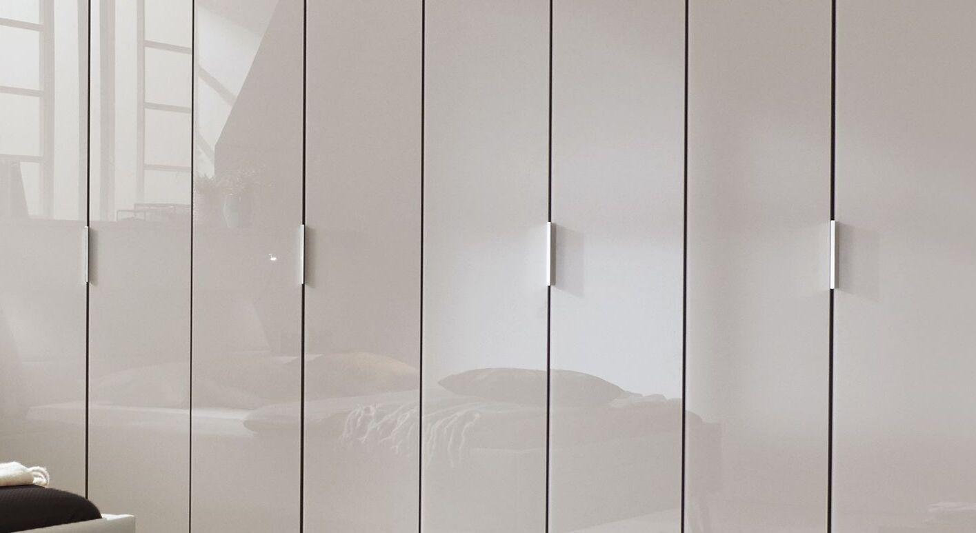 Drehtüren-Kleiderschrank Livingston mit eleganten Metallgriffen