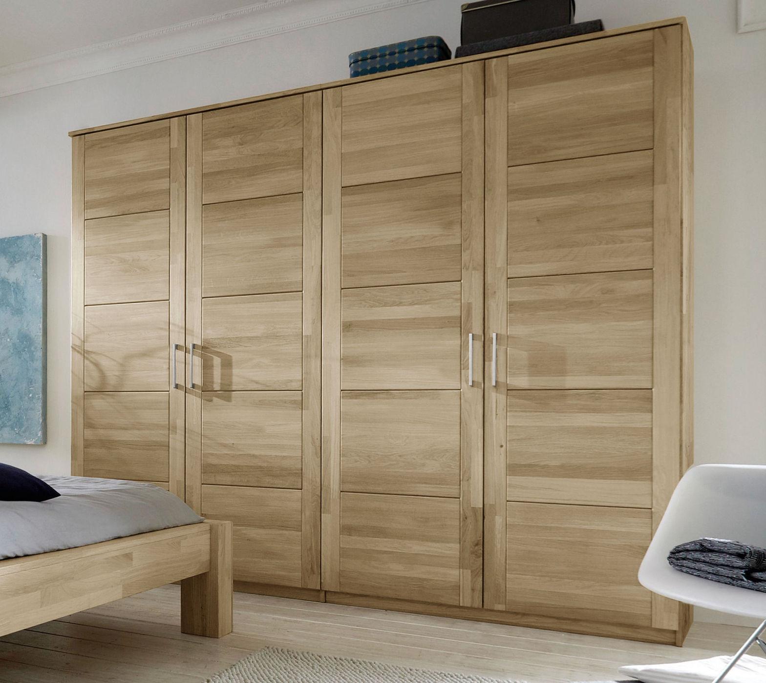 dreht ren kleiderschrank aus wei er wildeiche nino. Black Bedroom Furniture Sets. Home Design Ideas