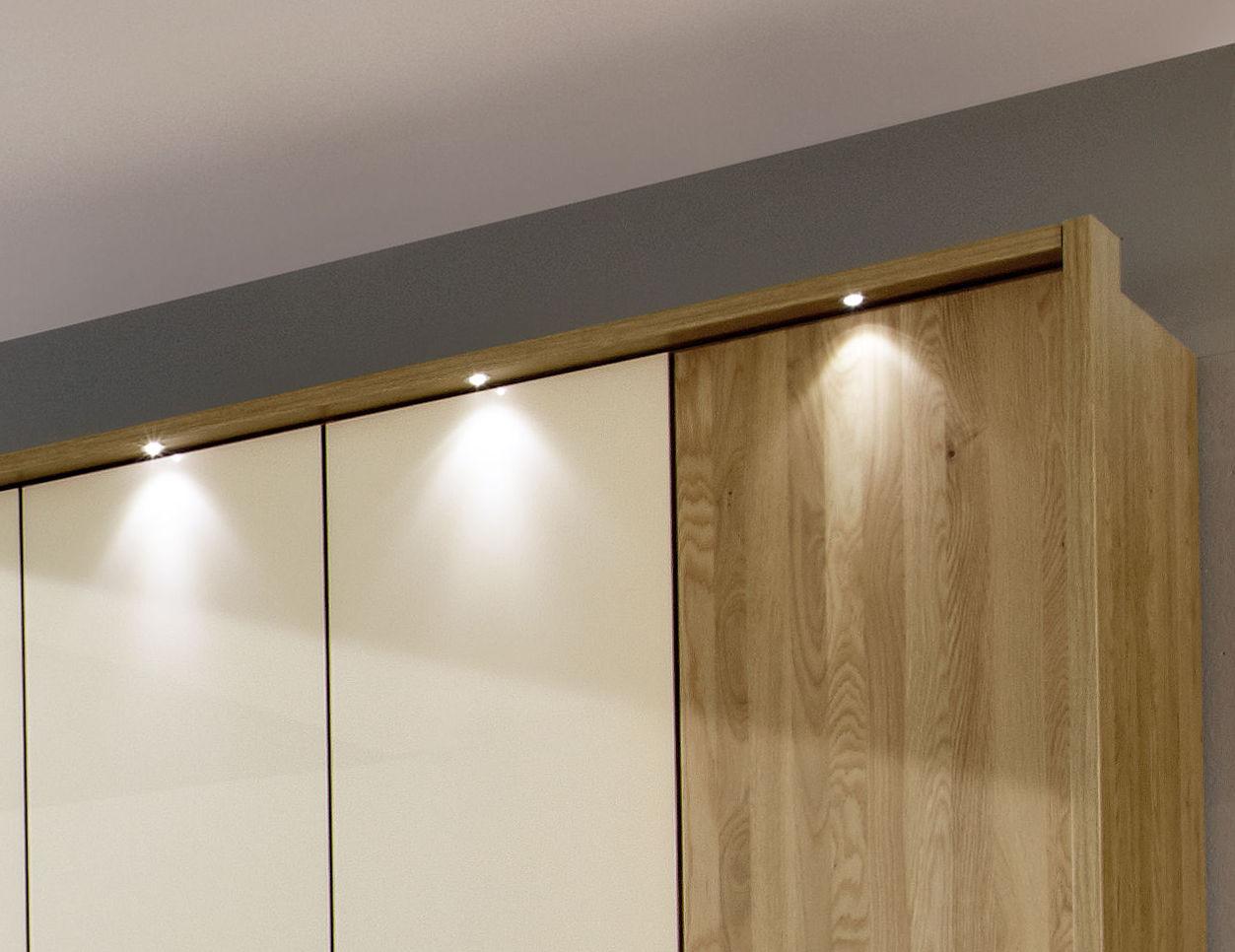 licht im schrank die sch nsten einrichtungsideen. Black Bedroom Furniture Sets. Home Design Ideas