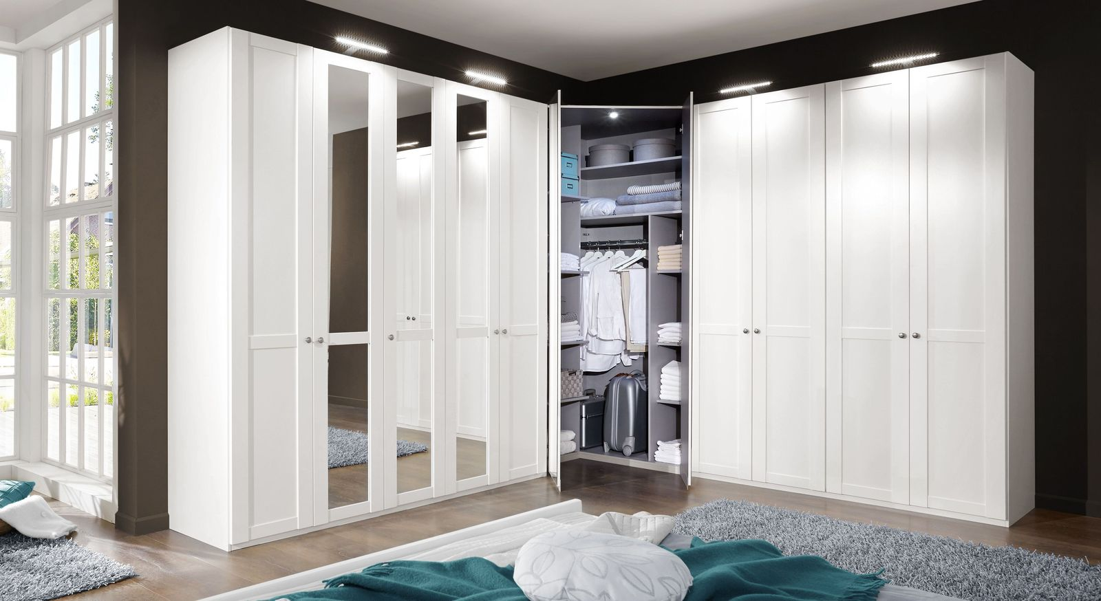 eck kleiderschrank mit spiegel im modernen landhausstil alvito. Black Bedroom Furniture Sets. Home Design Ideas