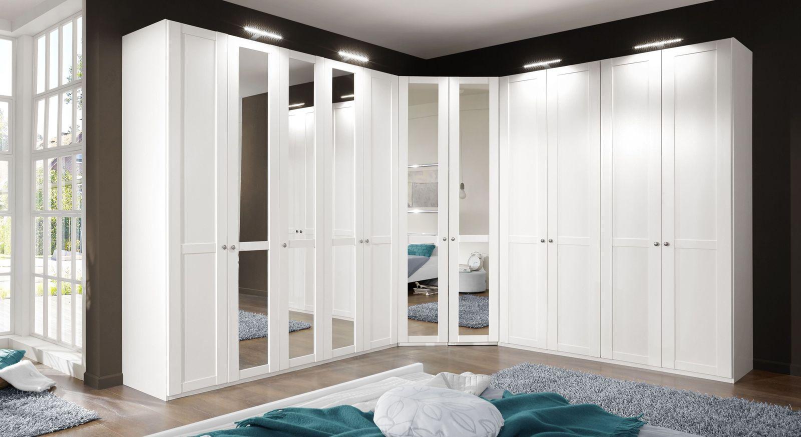 eck kleiderschrank mit spiegel im modernen landhausstil. Black Bedroom Furniture Sets. Home Design Ideas