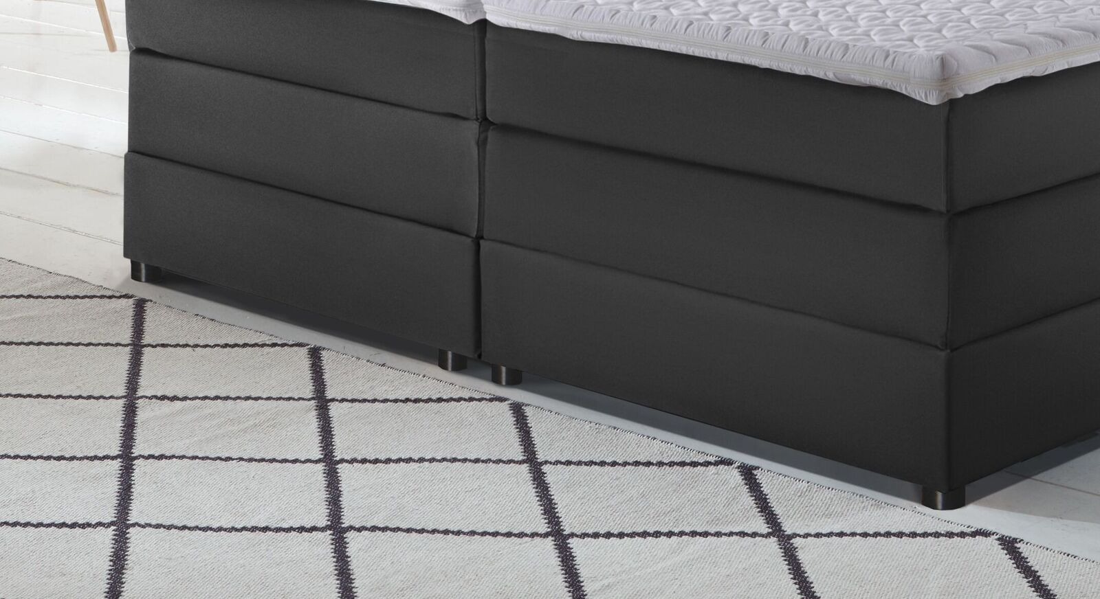 Elektro-Boxspringbett Veroli mit niedrigen Bettbeinen