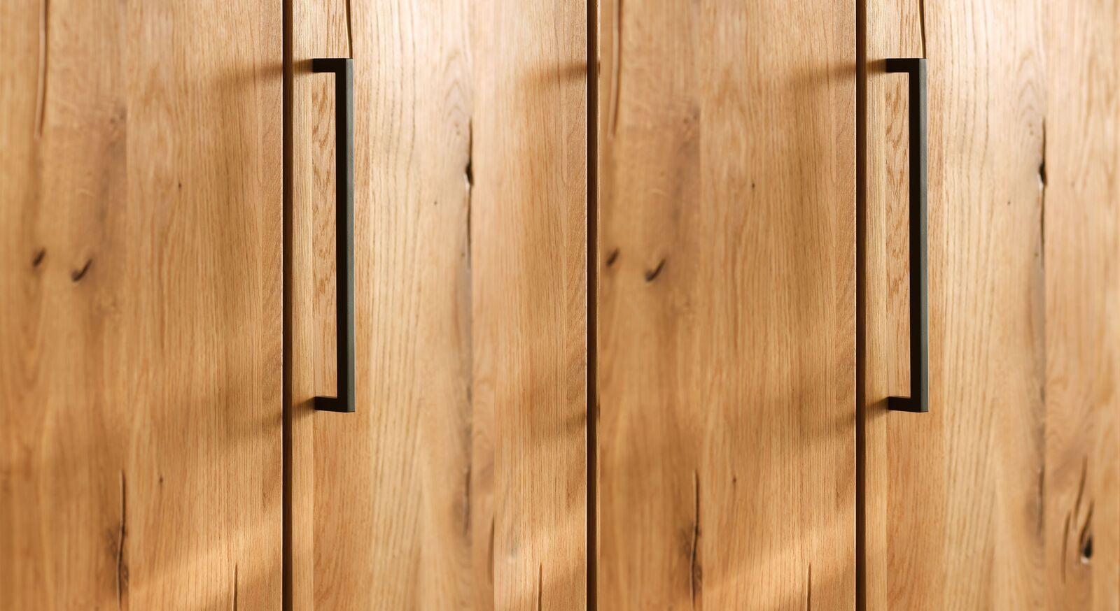 Falttüren-Kleiderschrank Lisana mit schmalen Griffen