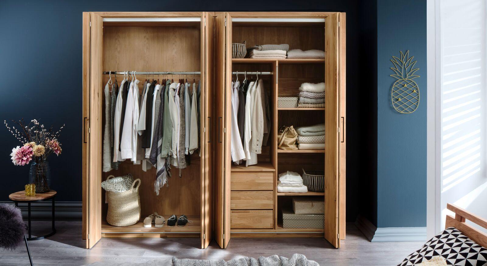 Falttüren-Kleiderschrank Lisana mit optionaler Innenausstattung