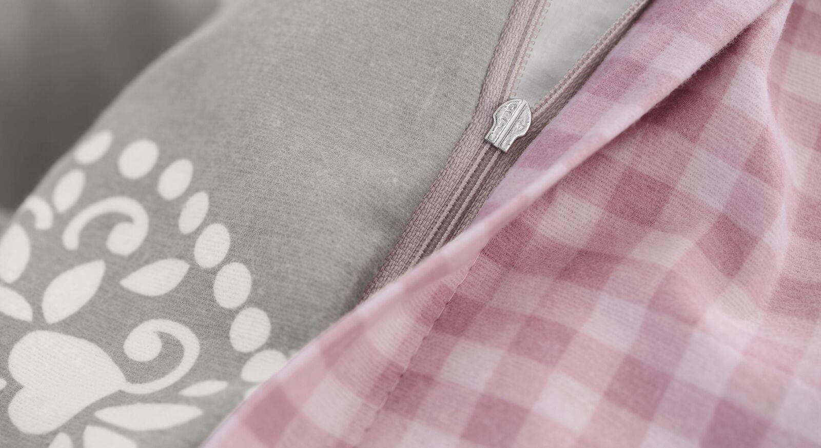 Stilvolle Feinflanell-Bettwäsche im Landhausflair inklusive Reißverschluss
