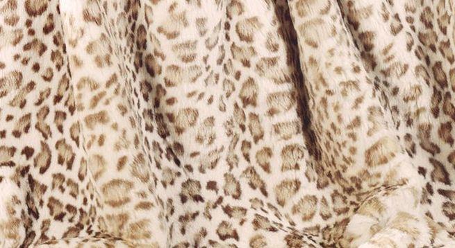 Warme Felldecke Gepard mit realistischer Zeichnung