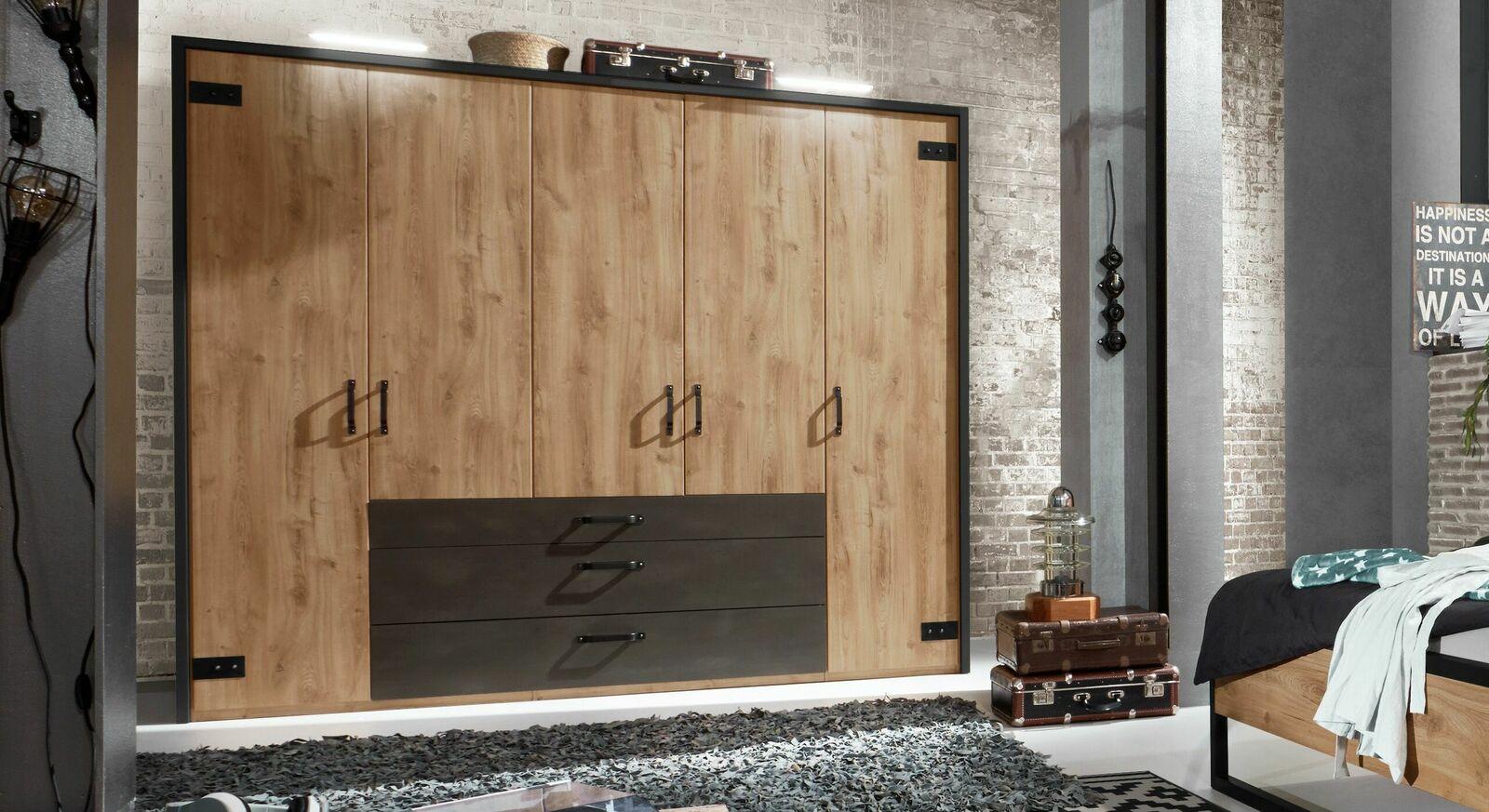 kleiderschrank im industrial style mit eiche dekor lakewood. Black Bedroom Furniture Sets. Home Design Ideas
