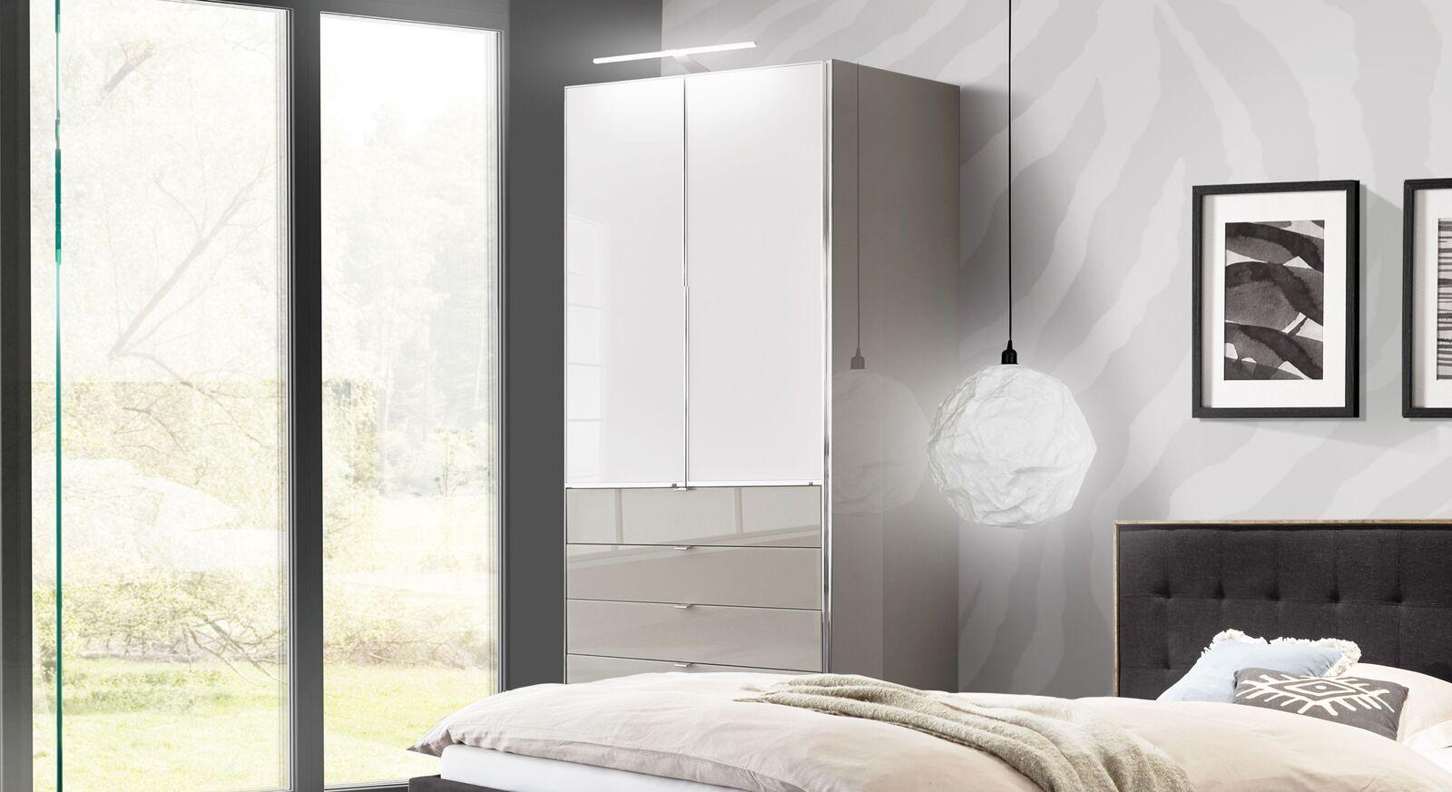 Zweifarbiger Funktions-Kleiderschrank Shanvalley mit Schubladen