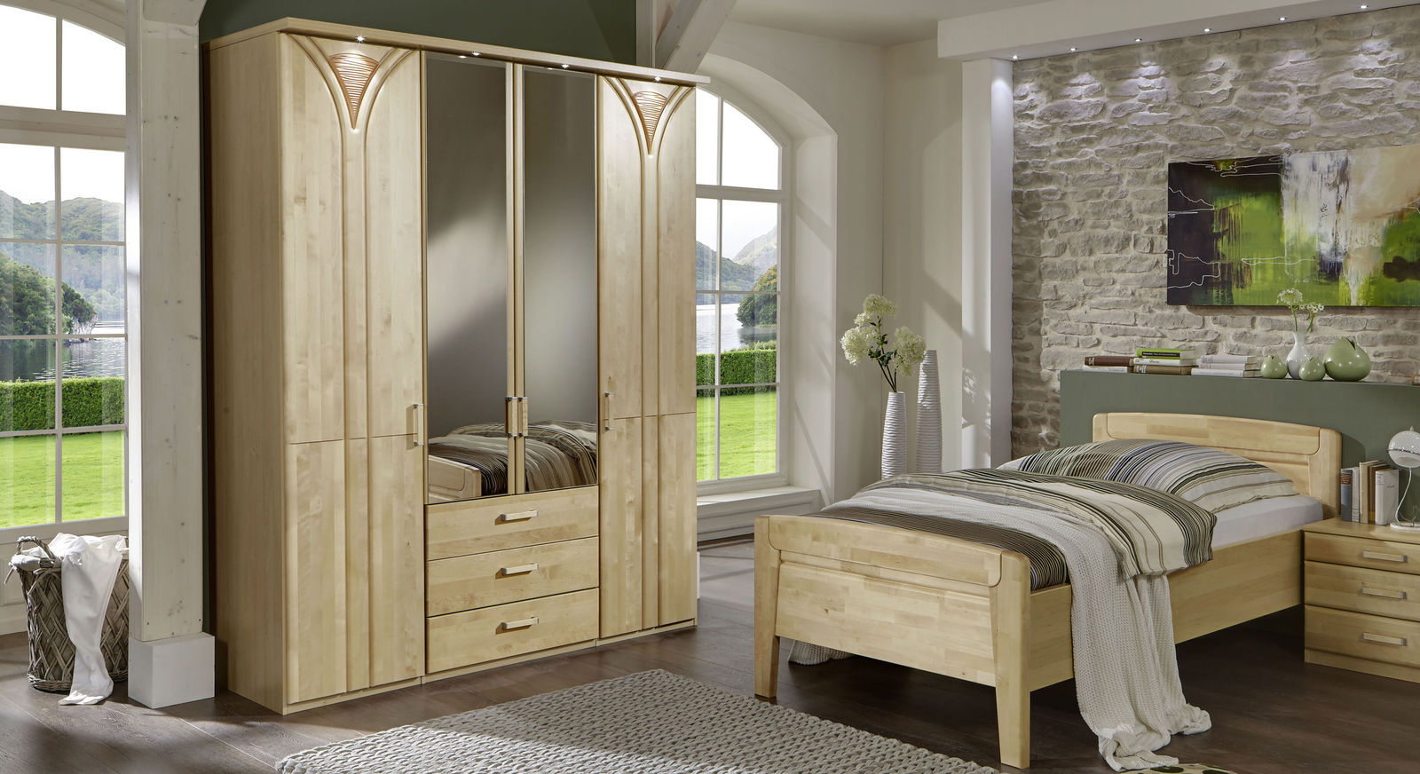 funktions kleiderschrank aus birke hell mit spiegelt ren tonga. Black Bedroom Furniture Sets. Home Design Ideas