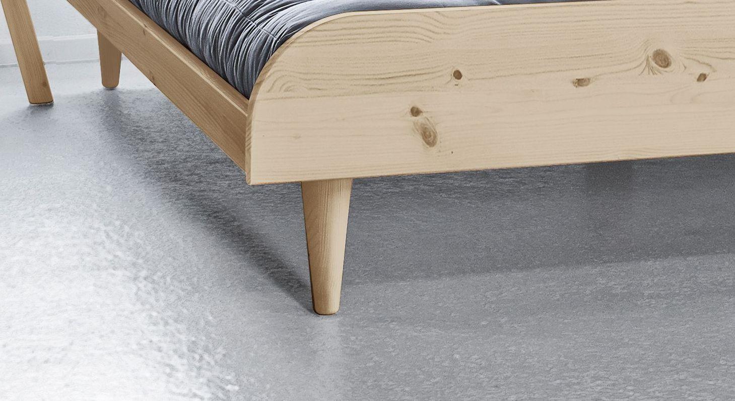 Futonbett Lenola mit Füße im Skandi-Style