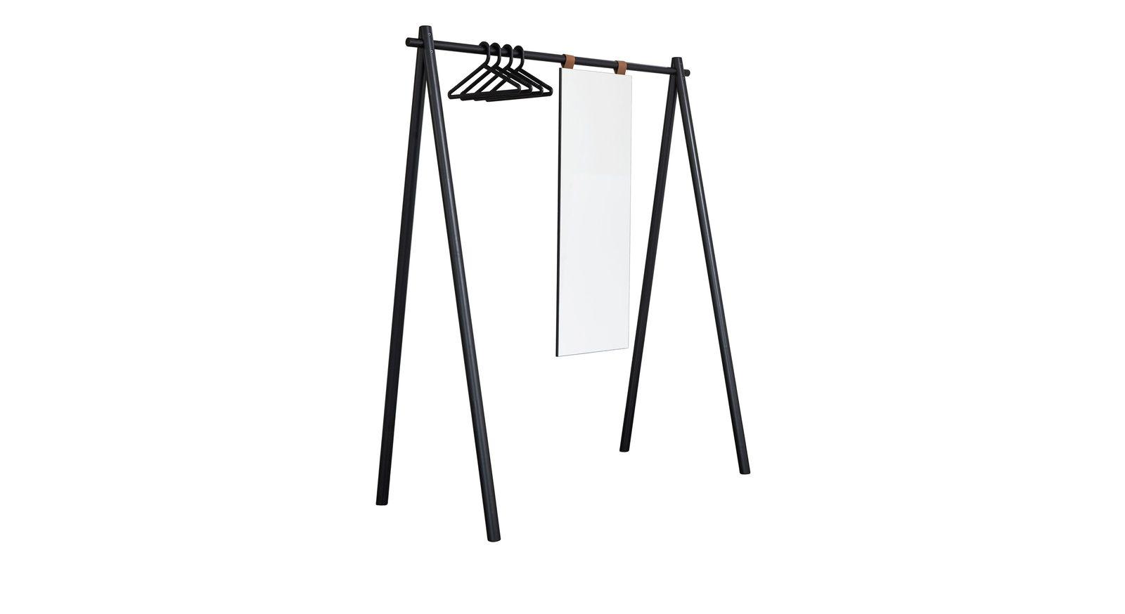 Garderobe Toffia mit schwarzen Bügeln und Spiegel