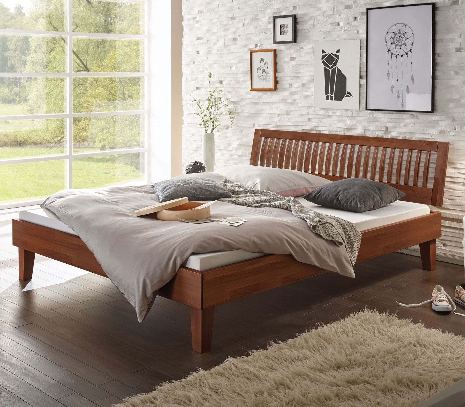 Weißes Massivholzbett in z.B. 200x200 cm Größe - Bett Laredo
