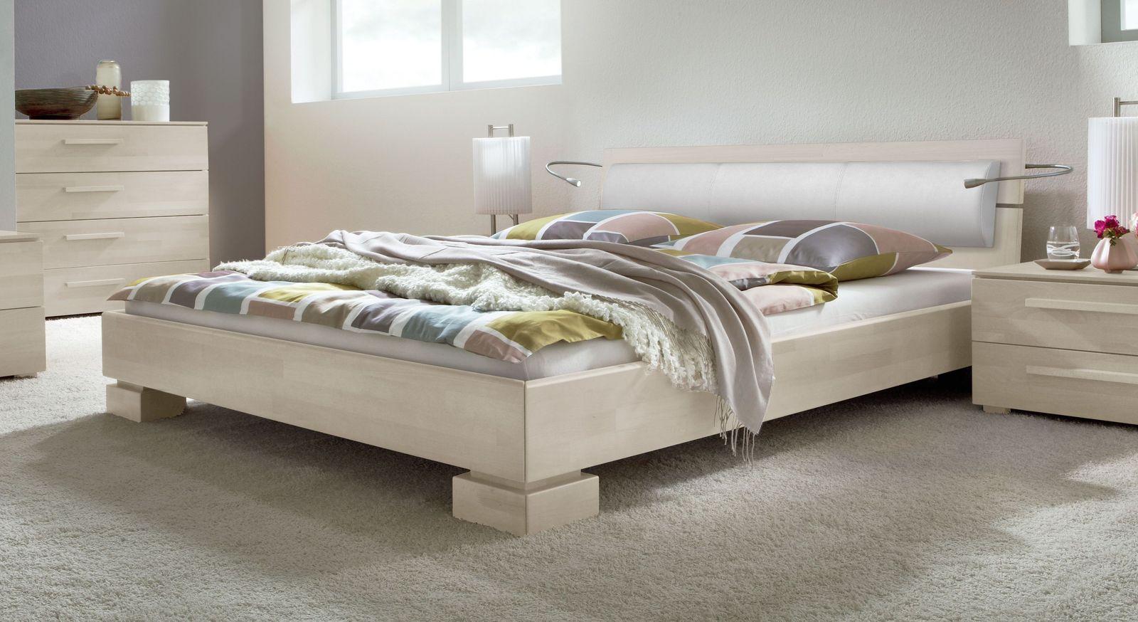 Weiß lackiertes Holzbett Lima