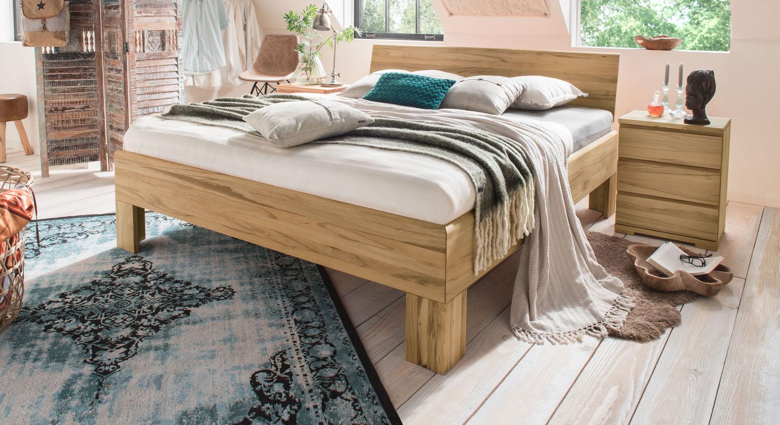 Holzbett Murau aus Kernbuche natur