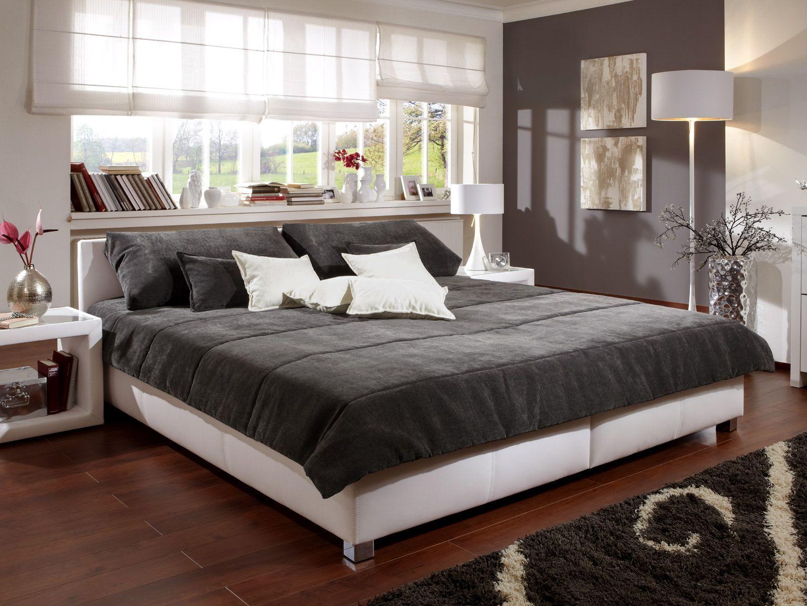 Polsterbett Für Ihr Schlafzimmer Z B In Weiß Amadeo