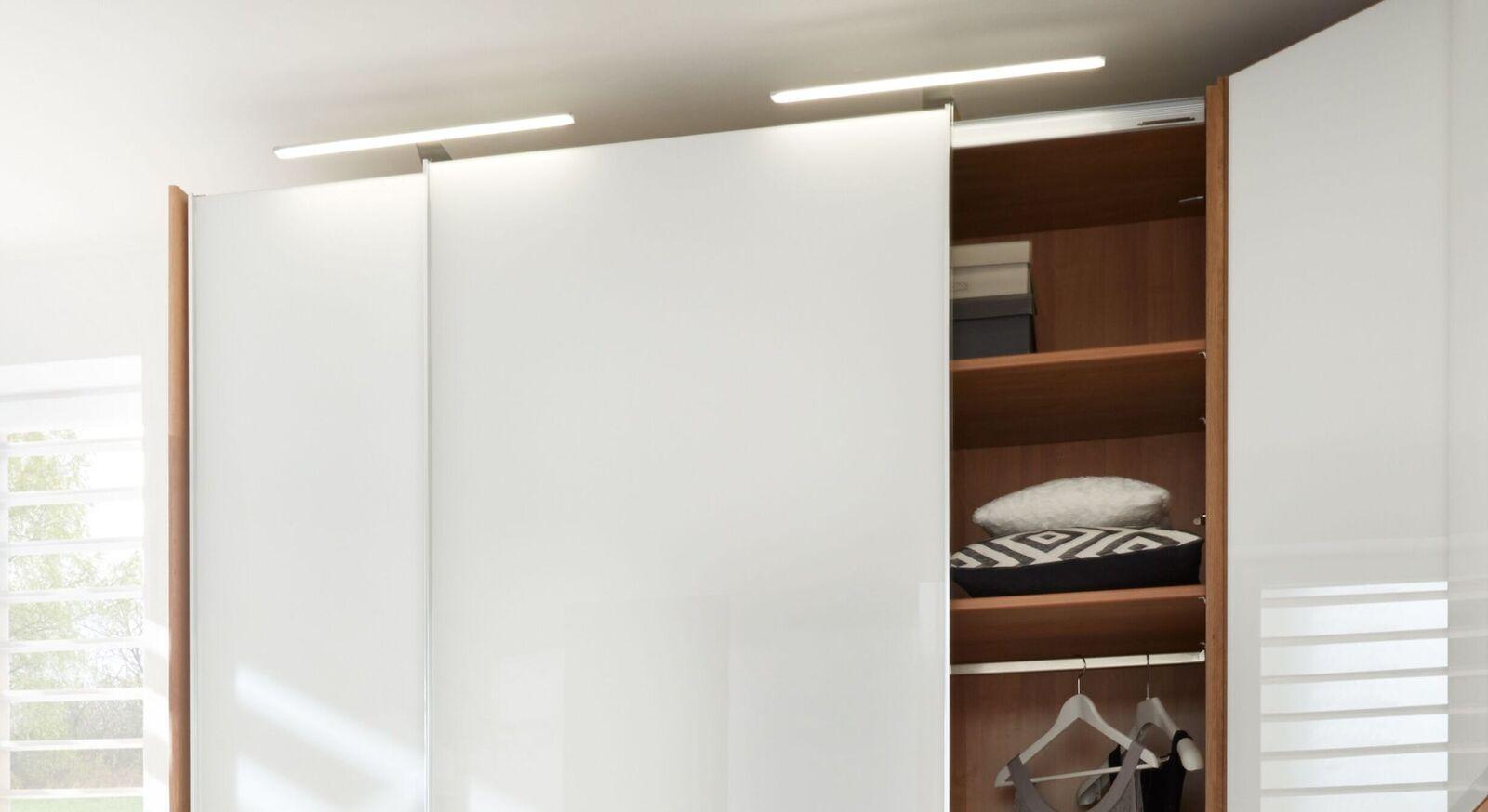 INTERLIVING Eck-Kleiderschrank 1202 mit praktischen Einlegeböden