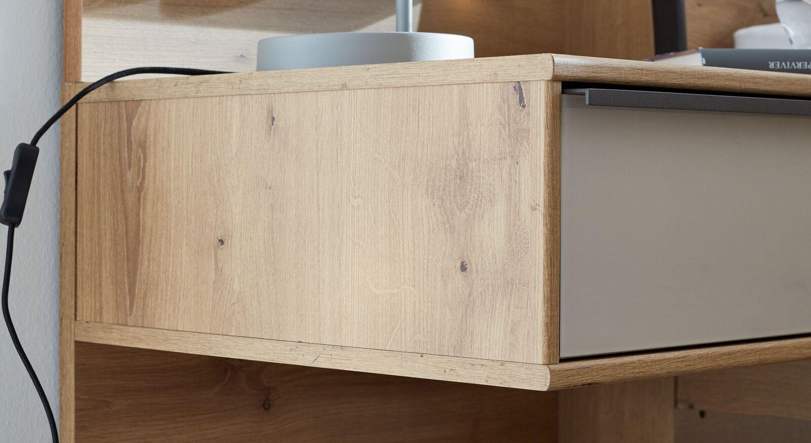 INTERLIVING Schwebe-Nachttisch 1205 mit schmaler Griffleiste