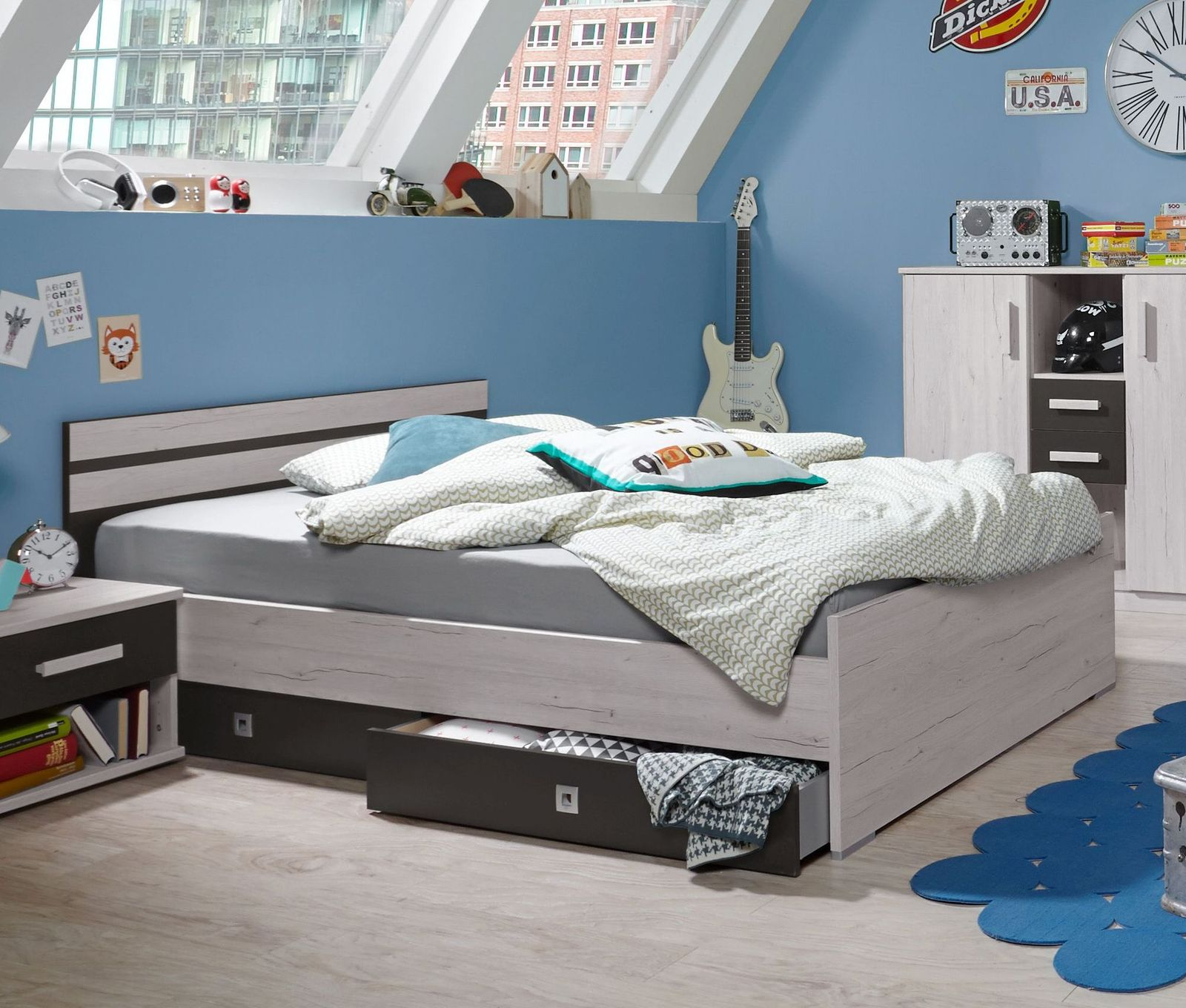 jugendbett in wei eiche dekor grau z b in 140x200 cm. Black Bedroom Furniture Sets. Home Design Ideas