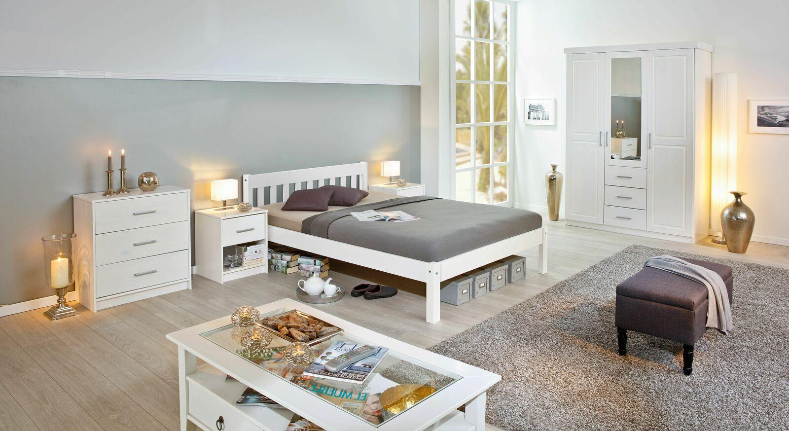 Jugendzimmer Genf mit weißen Massivholzmöbeln