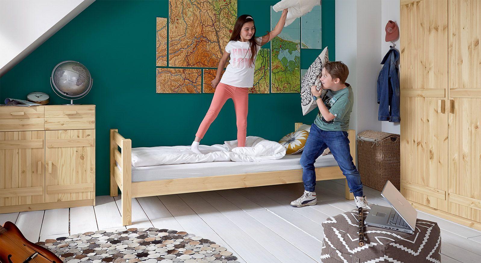 Massivholz-Kinderbett Kids Paradise Basic in Natur lackierter Variante 01