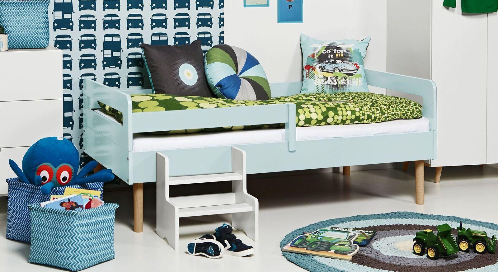 Modernes Kinderbett Kids Town Retro aus hellblauem MDF