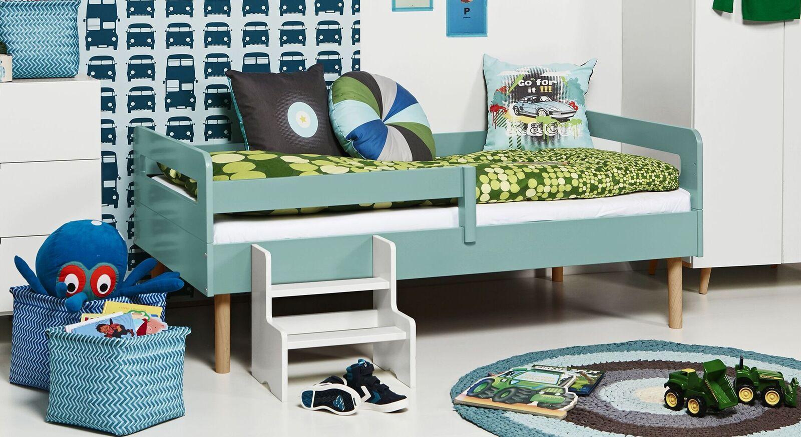 Modernes Kinderbett Kids Town Retro aus mintfarbenem MDF