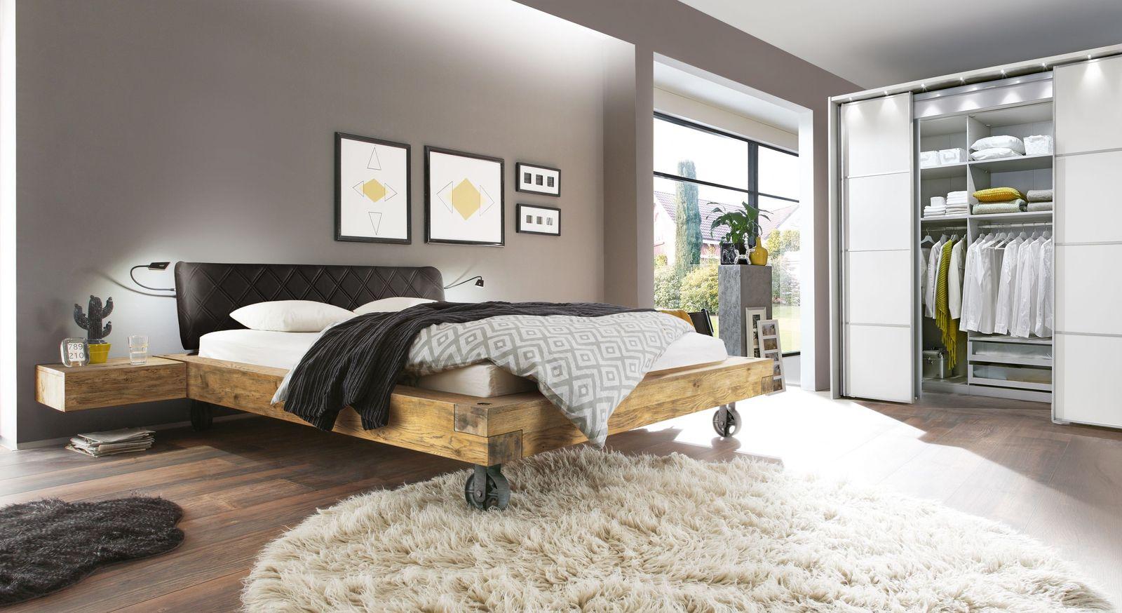 Passende Schlafzimmer-Einrichtung zum Kleiderschrank Plainville