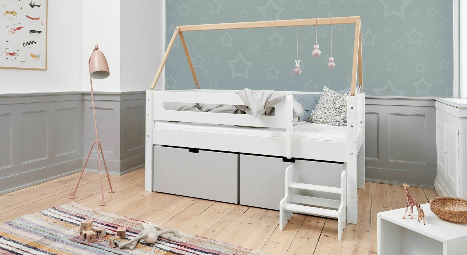 Teilmassives Kojen-Hausbett Kids Town in Weiß und Natur