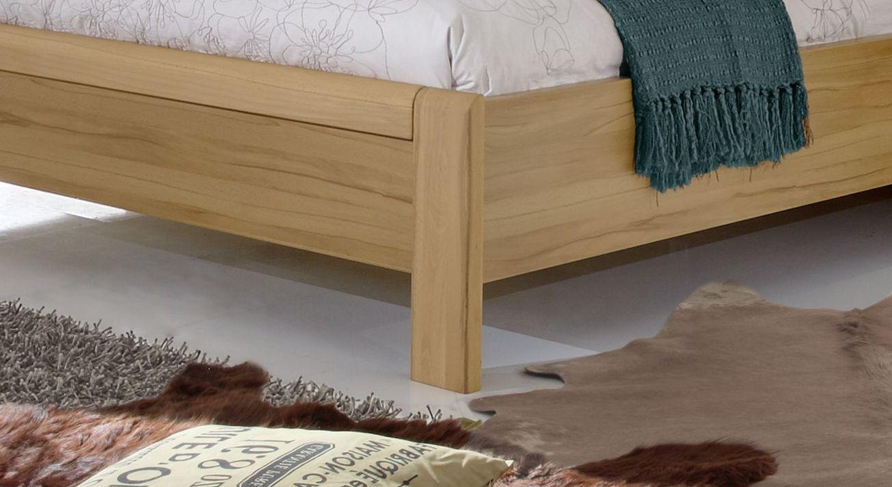 Komfort-Doppelbett Burbia mit angenehmer Bettrahmenhöhe