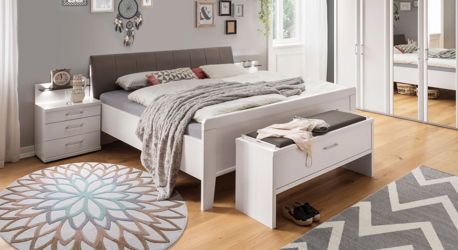 Komfort-Doppelbett Casperia inklusive Kopf- und Fußteil