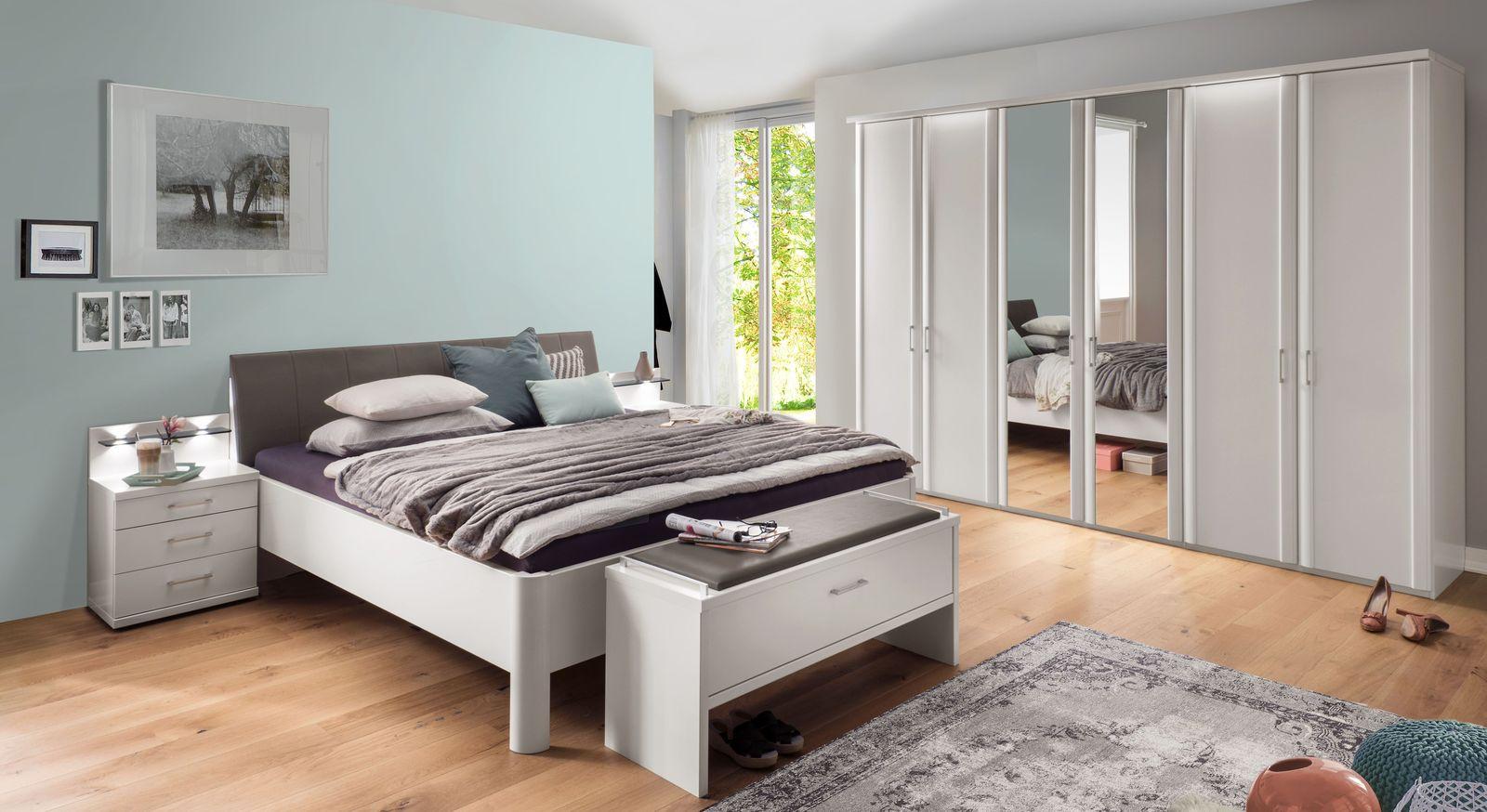 Passende Produkte zum Komfort-Doppelbett Castelli