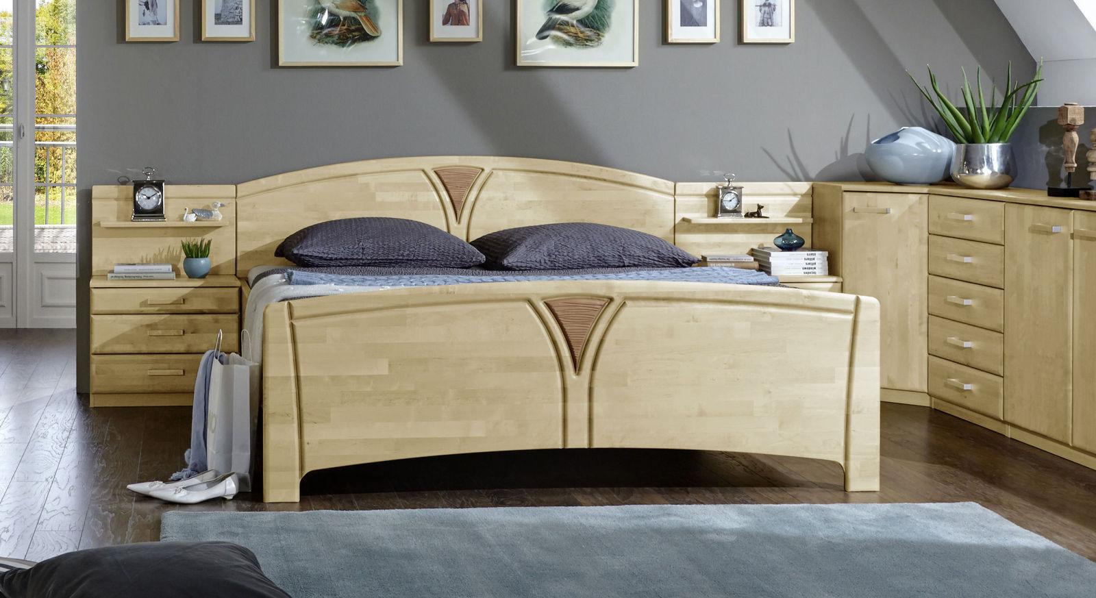 Stabiles Komfort-Doppelbett Karia mit Charme