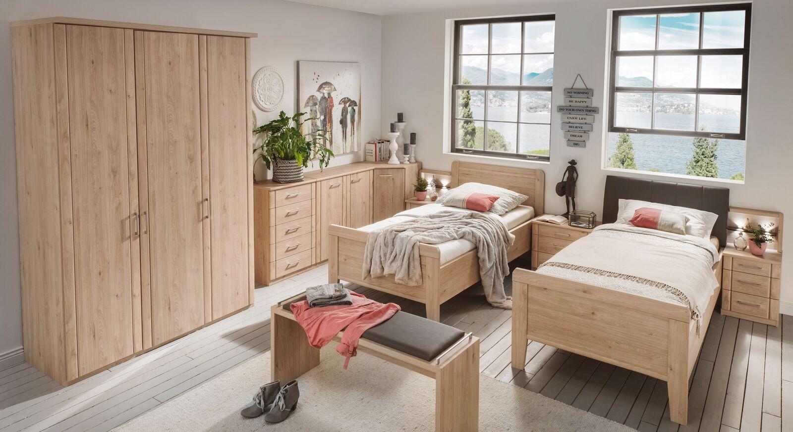 Komfort-Einzelbett Herdorf mit passenden Schlafzimmermöbeln