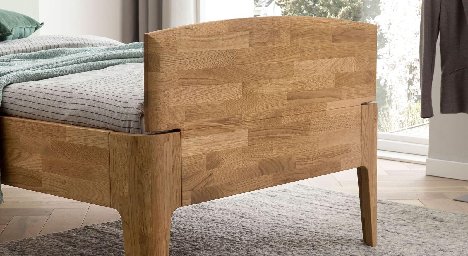 Komfort-Einzelbett Stanis mit gerundetem Rahmen