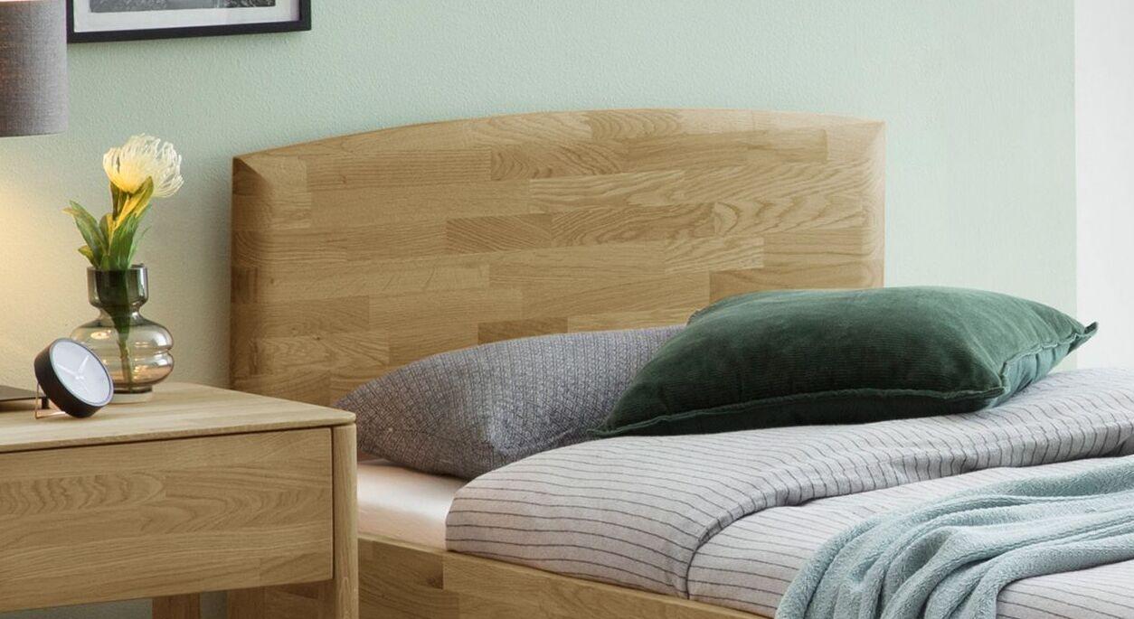 Komfort-Einzelbett Stanis mit stabilem Kopfteil
