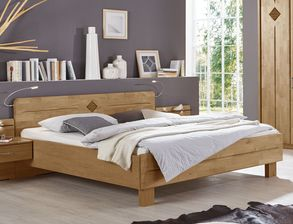 schlafzimmer in erle natur teilmassiv mit komfortbett aliano. Black Bedroom Furniture Sets. Home Design Ideas