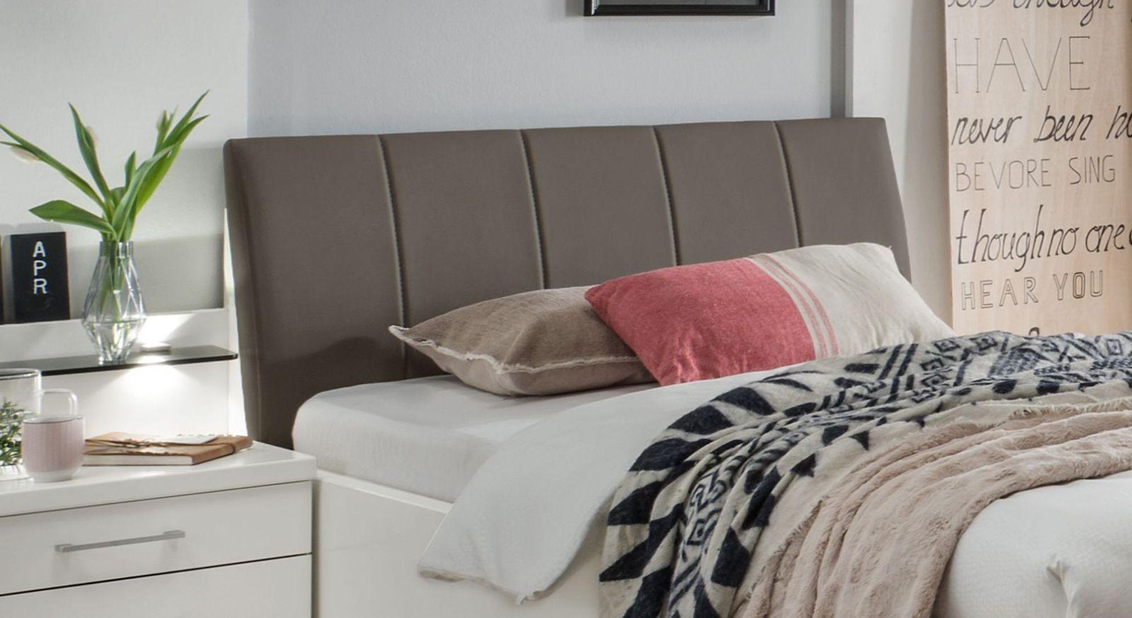 Komfortbett Castelli inklusive Polsterkopfteil