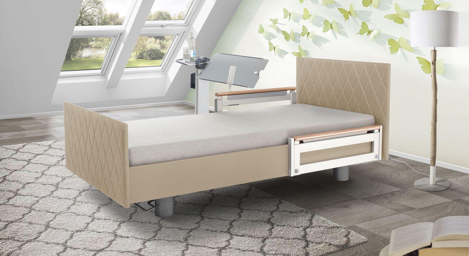 Komfortbett mit Pflegebett-Funktion Borkum mit leinefarbenem Kunstlederbezug