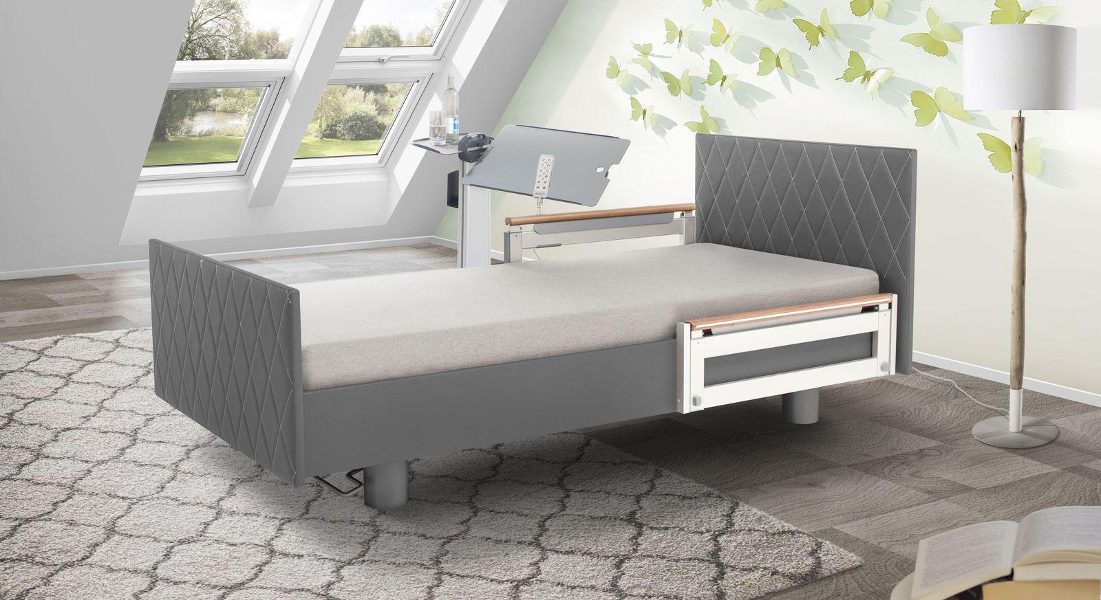 Komfortbett mit Pflegebett-Funktion Borkum mit platinfarbenem Kunstlederbezug