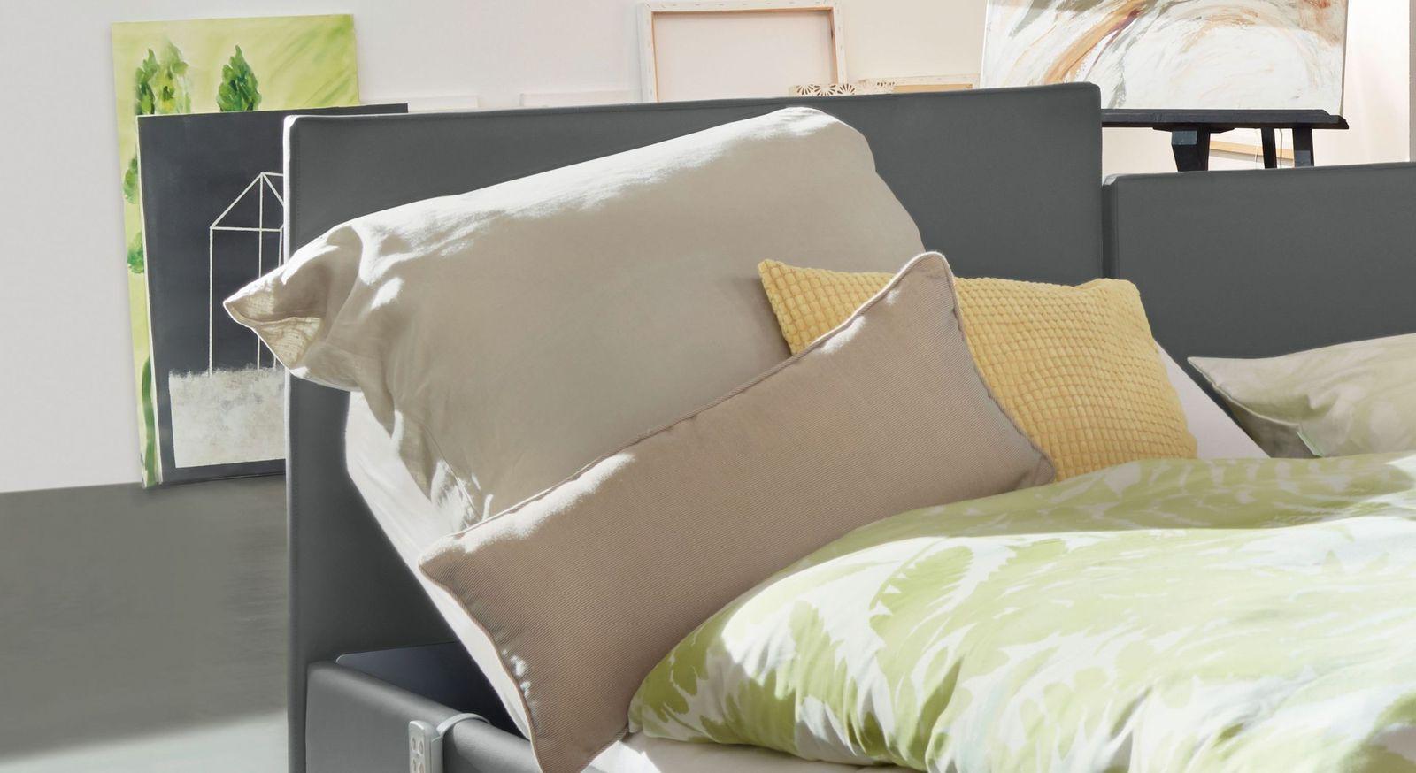 Komfortbett mit Pflegebett-Funktion Fulda mit geradlinigem Kopfteil