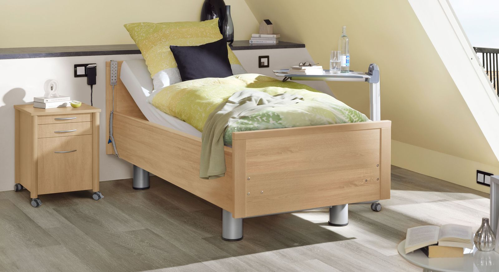 Komfortbett mit Pflegebett-Funktion Isar in Eiche naturhell Dekor