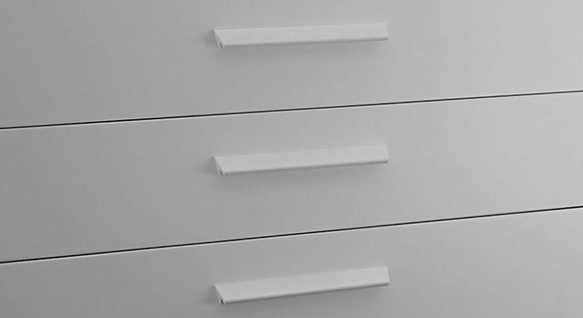 Holz-Winkelgriffe für Kommoden aus weiß deckender Buche