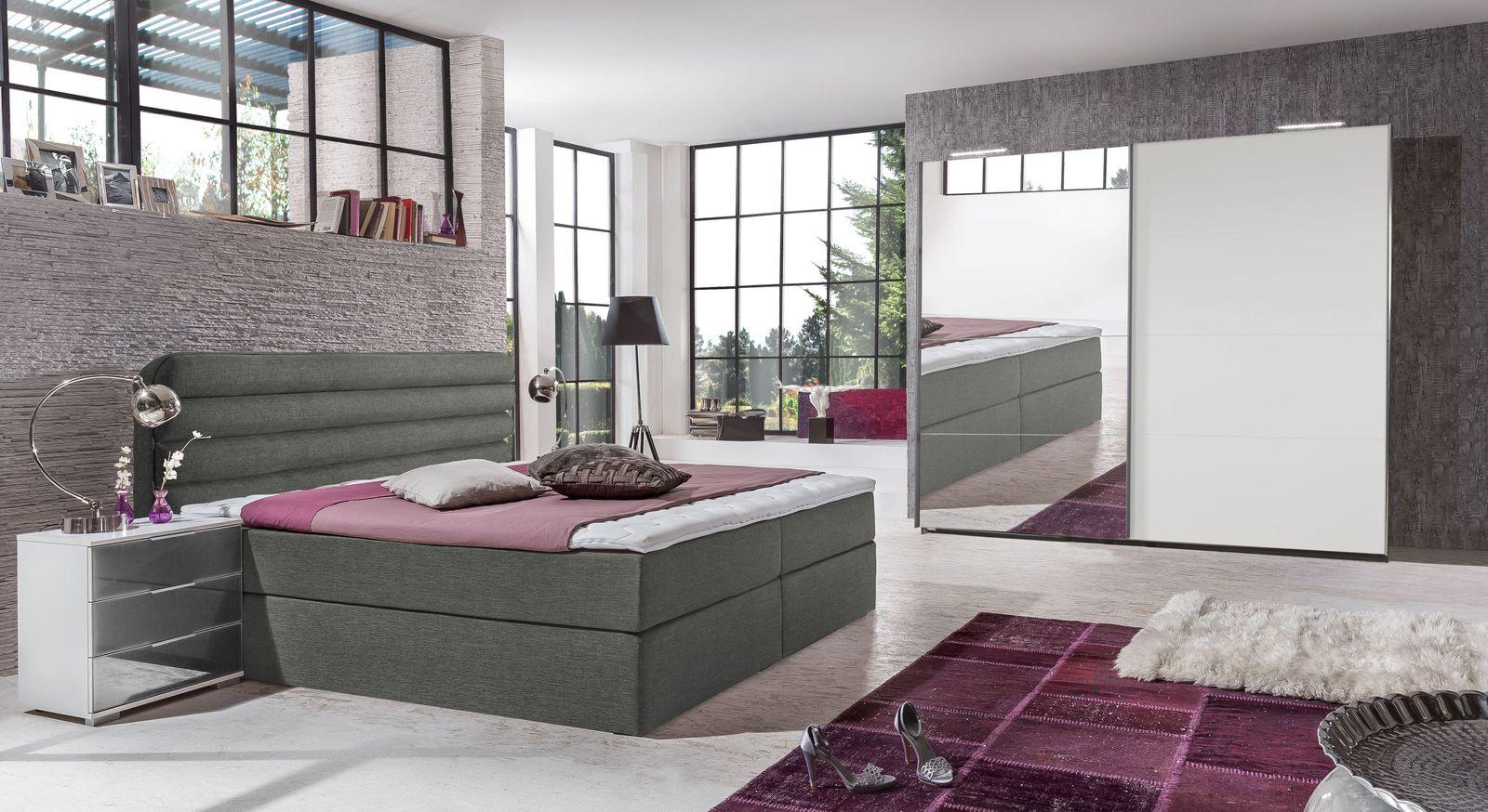 Preiswertes und stilvolles Komplett-Schlafzimmer Arba