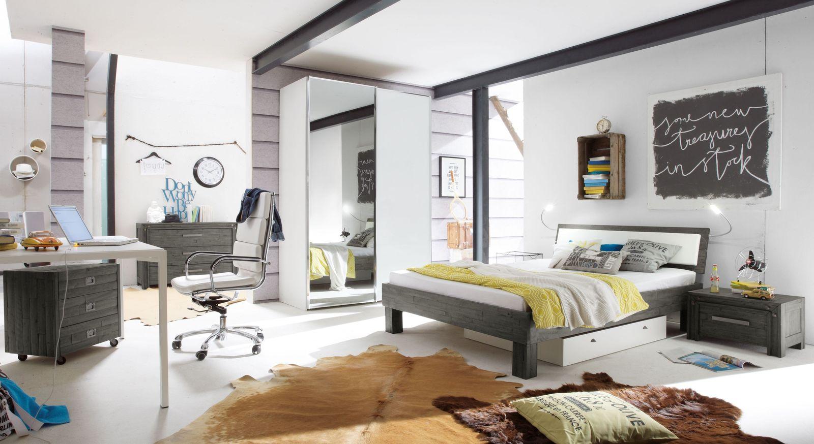 Komplett-Schlafzimmer Caldera mit Möbeln aus Massivholz