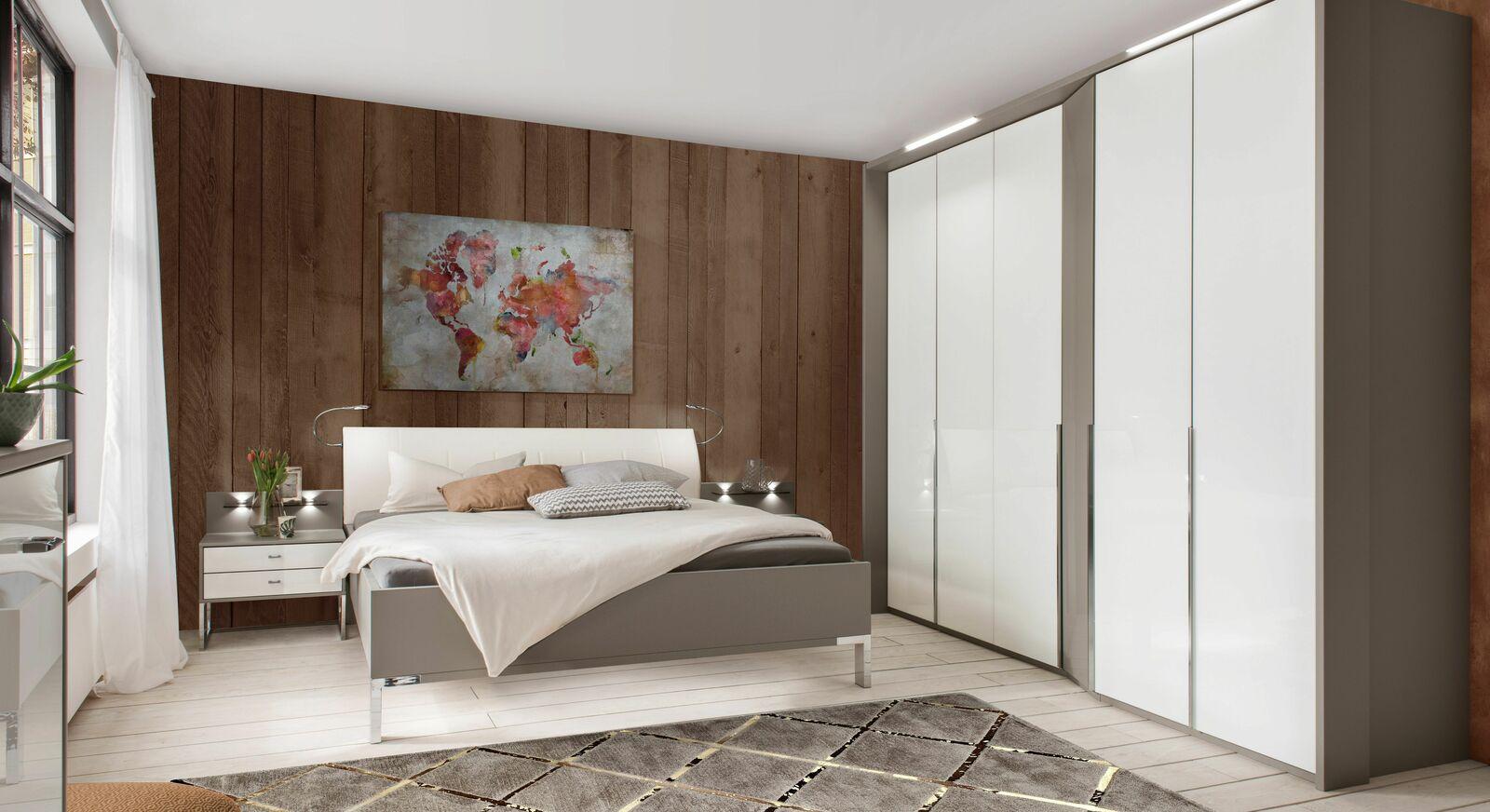 Komplett-Schlafzimmer Evansville in kontrastreichen Dekoren